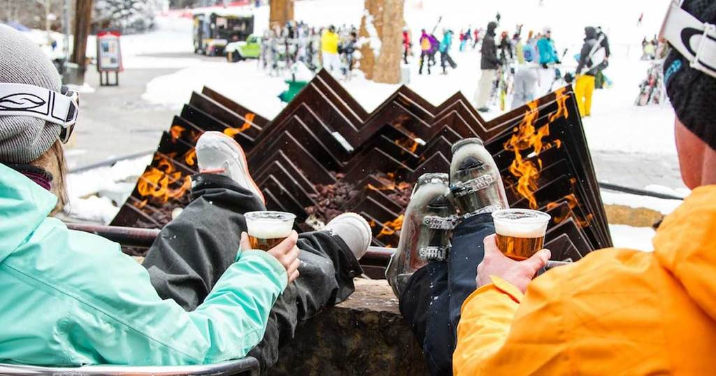 Copper has the best apres-ski: free bands, free concerts, fire pits and marshmellows!
