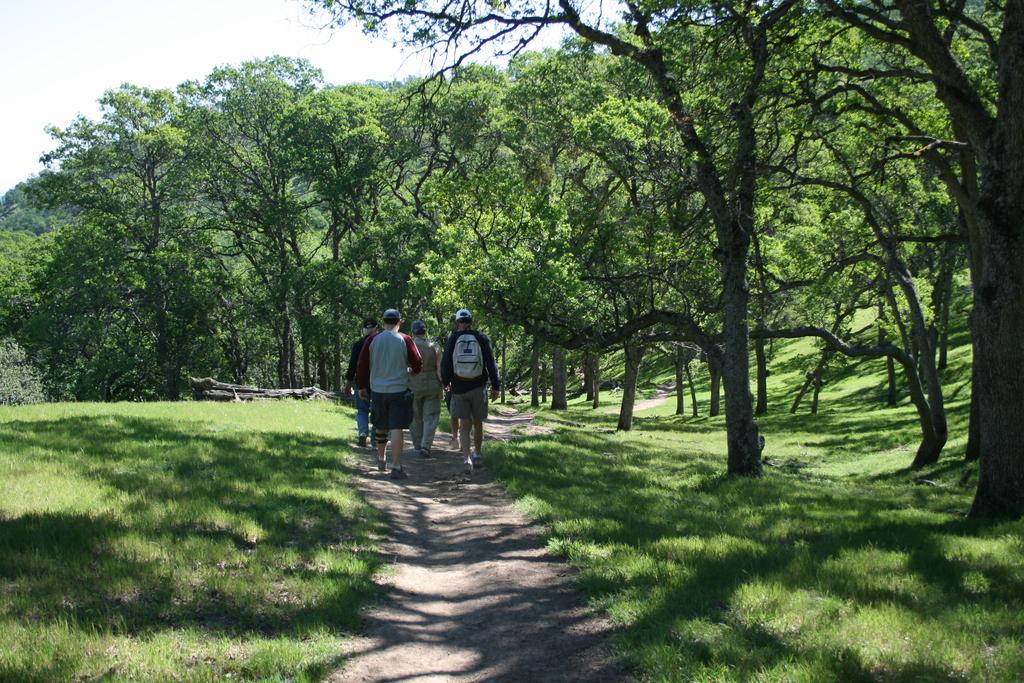 Shell Ridge and hiking and biking, entrance 5 minute walk